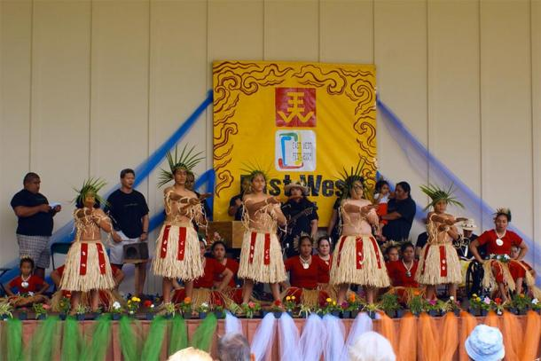 Cultural Dances of Tokelau (Timur. T / CC BY-NC-ND 2.0)