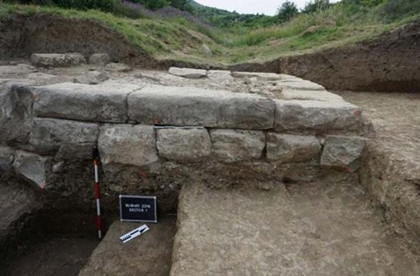 Cut rock were used to construct substantial walls. (Image: M. Lemke/ Science in Poland)