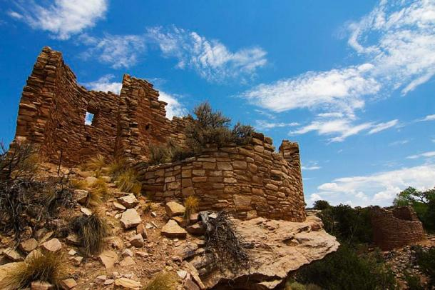 Cutthroat Castle in Hovenweep National Monument. This site contains ruins left by ancient cultures in Utah and southwestern Colorado. Source: Hovenweep National Monument/CC BY 2.0