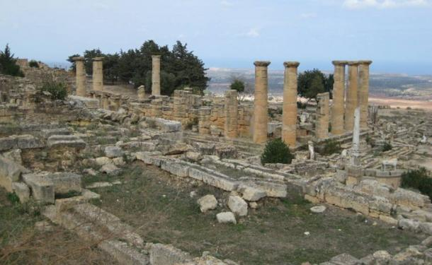 The Cyrene Temple of Apollo was said to once have an ever-burning lamp