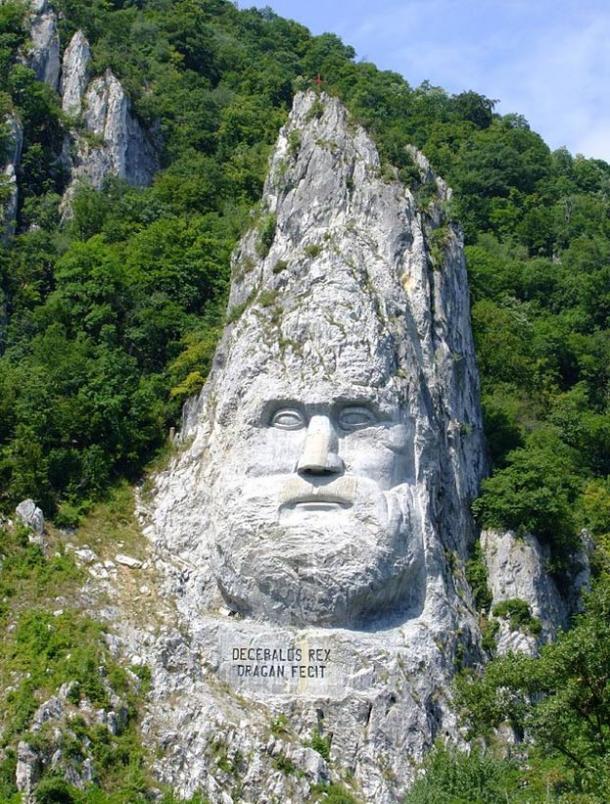 Dececbalus' Head