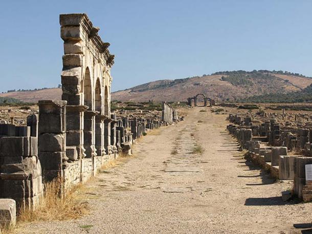 Decumanus Maximus in Volubilis.