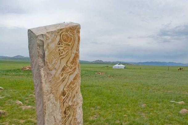 Deer Stones near Muren, Mongolia. These megaliths were carved with deer images at sometime around 1000 BC. (CC BY 2.0)