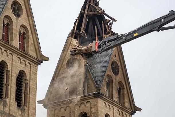 Demolition of St. Lambertus (Immerath) due to coal mining, January 2018