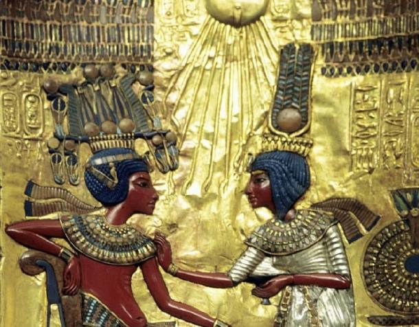 "Depiction of Tutankhamun on a throne recovered from his tomb. He wears the new hemhem, or the ""Crown of Shouting"". This is nearly identical with the day of Rosh Hashanah, the ""Day of Shouting or Trumpet-Blasting"". (Ancient Origins)"