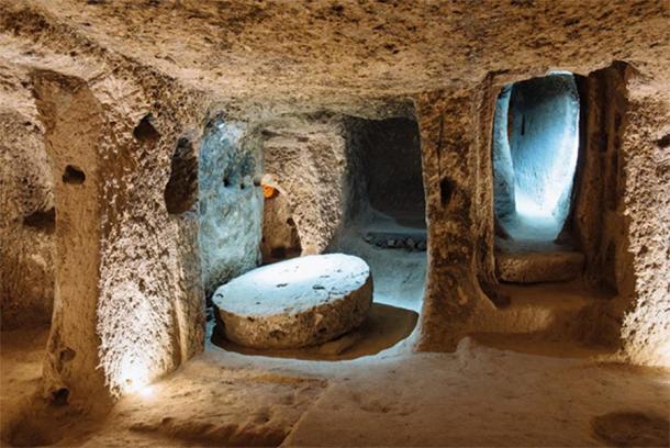 Derinkuyu underground city in Cappadocia, Turkey (ninelutsk/Adobe Stock)