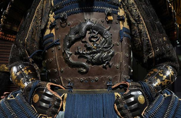 Detail of Yokohagido type armor from the Mid-Edo Period. The samurai who wore this armor belonged to the Clan Ikeda.