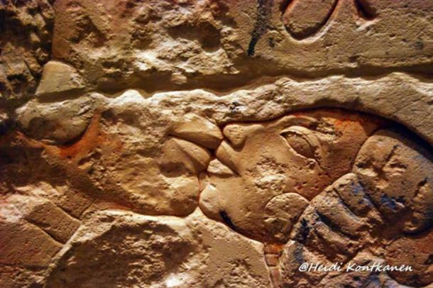 Detail of a talatat block from Amarna shows Nefertiti with her eldest daughter Meritaten. It is also suggested that this is Kiya with her unnamed daughter. Brooklyn Museum.