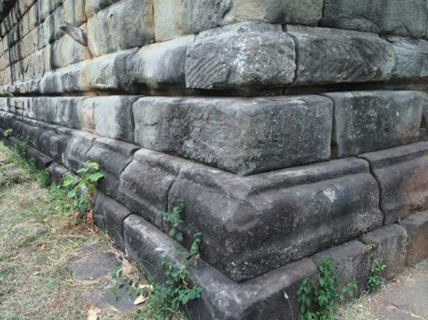 Detail of blocks at the Koh Ker pyramid. (Author provided)