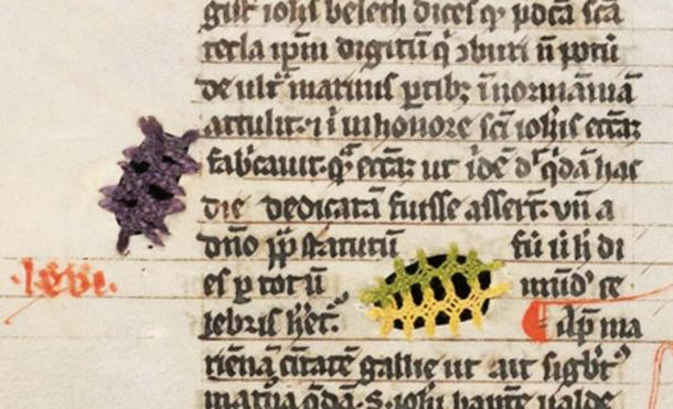 Detail of parchment that had to be mended twice on the same page. Fribourg/Freiburg, Bibliothèque cantonale et universitaire/Kantons- und Universitätsbibliothek, Ms. L 34, f. 246v – Jacobus de Voragine, Legenda Aurea.