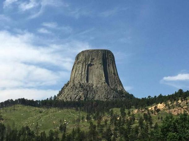 Devils Tower monument, Wyoming, USA.