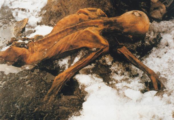 Discovering of the body of Ötzi the Iceman. (Ekaterina Didkovskaya/CC BY NC 2.0)