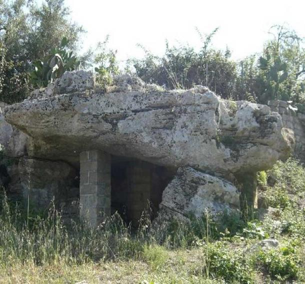 Dolmen created by an ancient tribe in Avola, east Sicily. (S. Piccolo/CC BY 3.0)