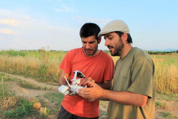 Dr. Arnau Garcia-Molsosa and Dr. Hector A. Orengo watching the drone. (Anna Karligioti)