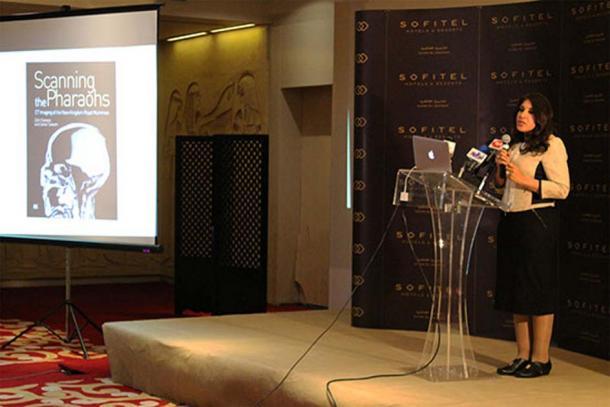 Dr. Sahar Saleem giving a short presentation about CT imaging.