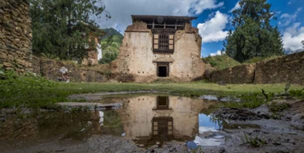 Drukgyel Dzong, Bhutan  Betty Sederquist / Adobe Stock