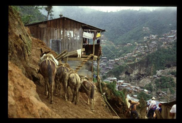 Ecuador, Nambija - Gold Mine 1990. (Maurizio Costanzo/CC BY 2.0)