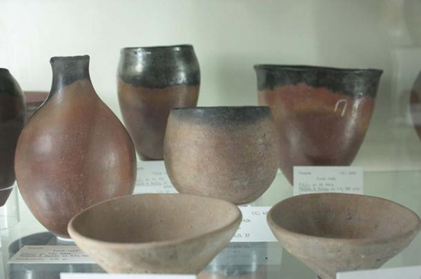 The distinctive black-topped Egyptian pottery of the Pre-dynastic period associated with Flinders Petrie's Sequence Dating System, Petrie Museum.