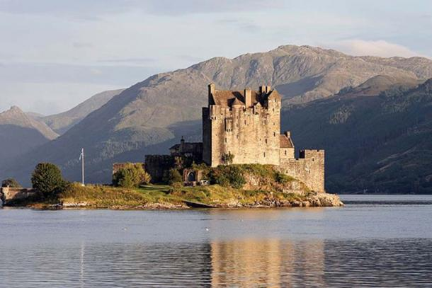 Eilean Donan Castle is a rebuilt castle at Dornie in the Scottish Highlands. It is located on Eilean Donan, an island near the point where the sea lochs Loch Duich, Loch Alsh and Loch Long meet. This view from north was made at high tide.