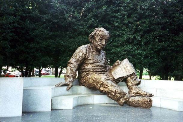 Einstein Memorial, National Academy of Sciences, Washington, D.C. Wally Gobetz