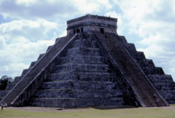 El Castillo Pyramid at Chichén Itzá, one of best known archaeological sites of the Maya civilization