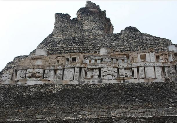 Some of the fascinating carvings on the summit of El Castillo