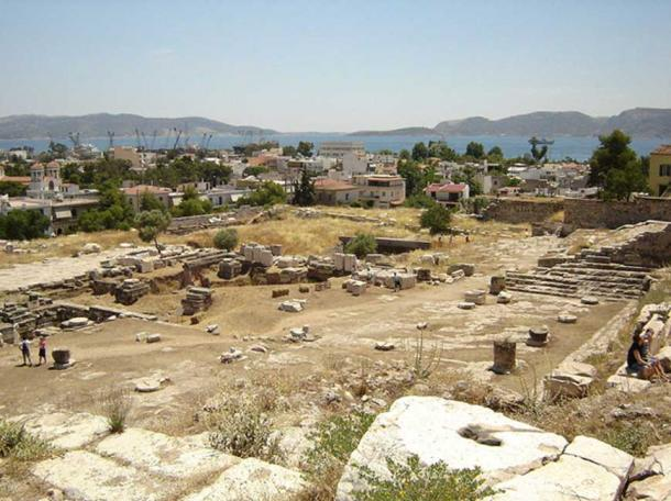 View over the excavation site towards Eleusis and the Saronic Gulf.