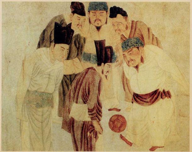 Emperor Taizu of Song playing cuju with Prime Minister Zhao Pu, by the Yuan-era painter Qian Xuan (1235–1305). (Public Domain)