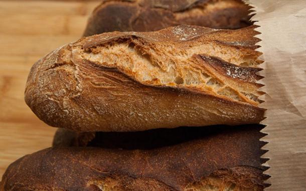 English Bone Bread. (jackmac34 / CC BY-SA 1.0)