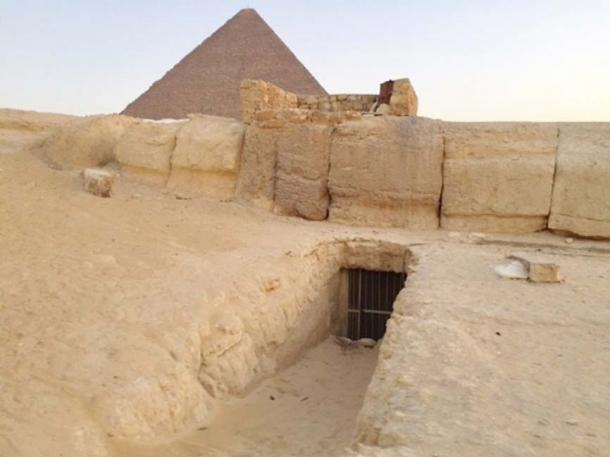 Entrance to the Osiris shaft. (Author provided)