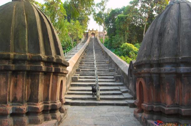 Entrance of Hayagriva Madhab Mandir in Hajo, India. (deepgoswami / CC BY-NC-ND 2.0)