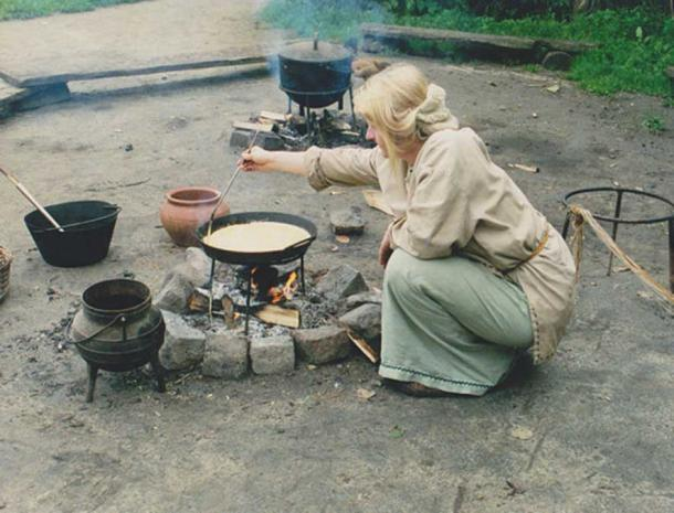 Example of a woman dressed as if she lived in the Iron Age.