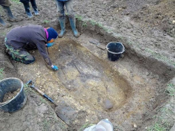 Excavating the Anglo-Saxon grave in Winfarthing, Norfolk.