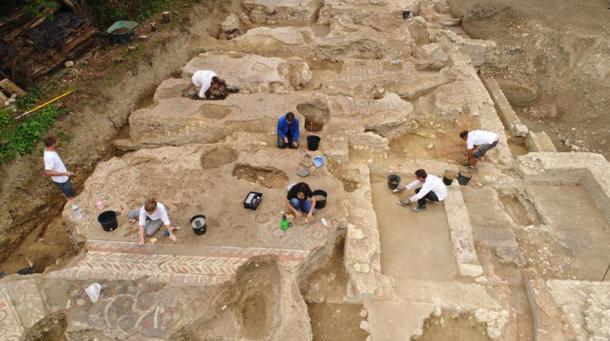 Excavation of Roman Imperial-era domus in Auch