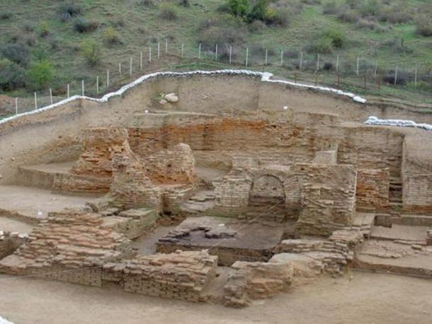 Excavation site at Qareh Deeb.