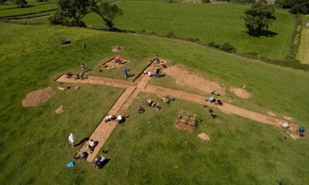 Excavation site where Bronze Age ritual offerings were found.