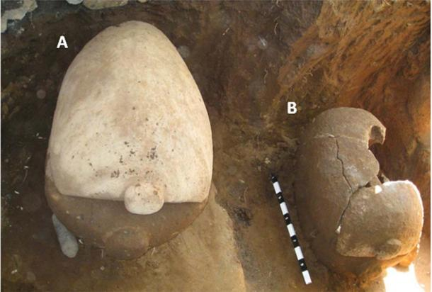 Excavation of sarcophagus A and B in 2009, where the Bali gold was found. (R. Westerlaken / Antiquity Publications Ltd)