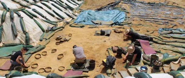 Excavations at Le Rozel have found what researches believe to be Neanderthal footprints. (Photo: Dominique Cliquet/Haaretz)