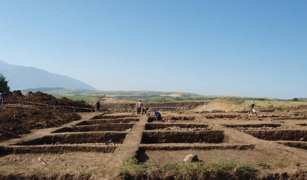 Excavations at the early Neolithic settlement near Mursalevo in Southwest Bulgaria.