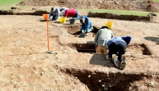 Excavations revealed a great deal of archaeological evidence of multiple occupations. Image: ANU