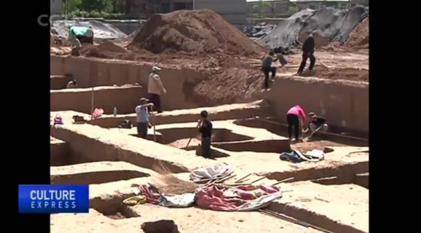 Excavations will continue at the tombs site through November, the Chinese Academy of Social Sciences said.