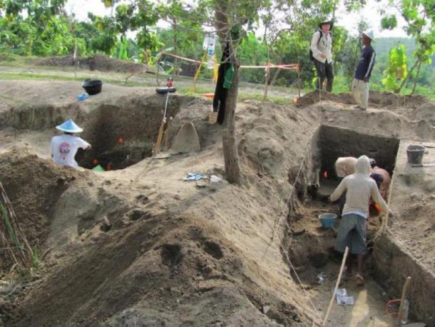 Excavations underway at Ngandong in 2010. (Copyright Russell L. Ciochon)