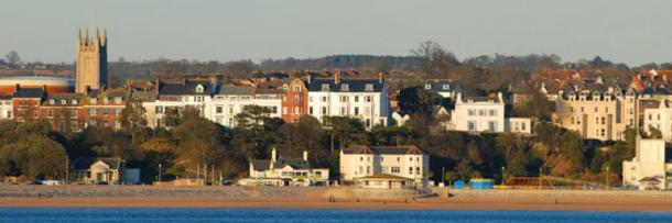 Exmouth seafront taken from Dawlish Warren, the scene of the Mermaid incident in 1812. (Public Domain)
