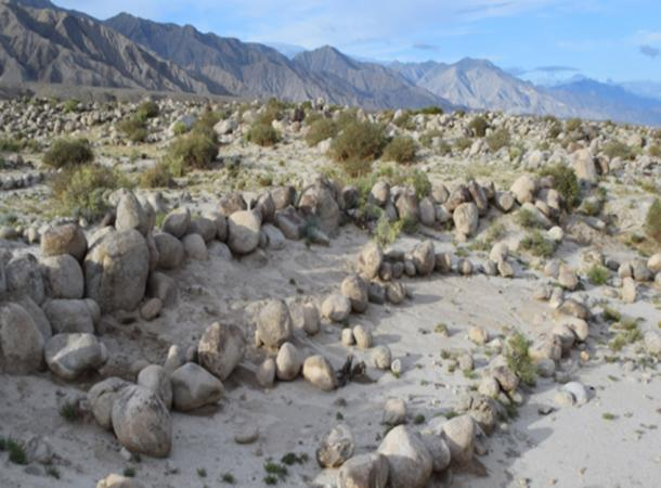 Farm fields in the ancient irrigation system were edged with boulders to slow the escape of spring flood waters and encourage the deposit of nutrient-rich sediments. (Image: Yuqi Li)