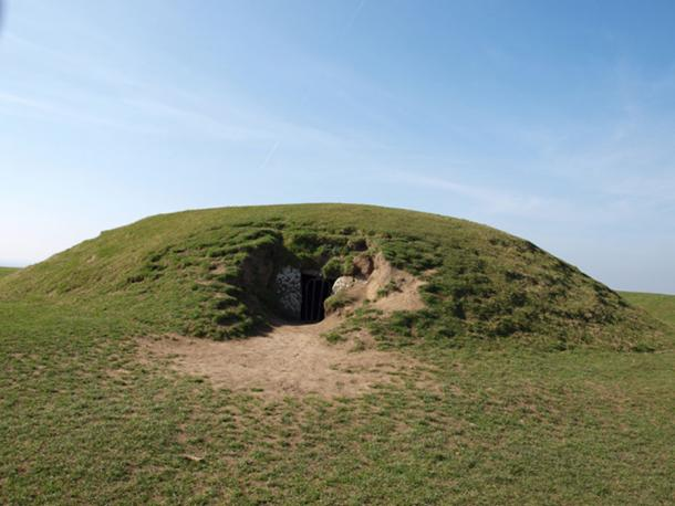 "Figure 3. The ""Mound of Hostages""."