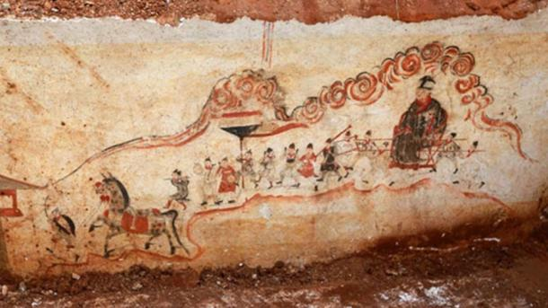 Figure paintings were found on the wall of an ancient tomb unearthed in Qunyi village, Wanbao town, Loudi city, Hunan province, Oct 14, 2014.