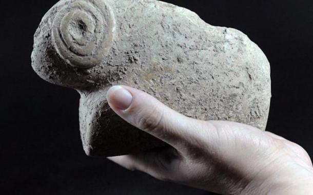 Figurine of a ram found in Tel Motza Iron Age temple excavation site. (Yael Yolovitch / Israel Antiquities Authority)