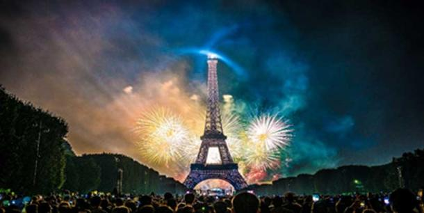 Fireworks of 14 July 2017 in Paris. (Yann Caradec/CC BY-SA 2.0)