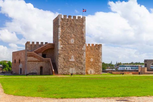 Fortaleza Ozama exterior (evannovostro/ Adobe Stock)