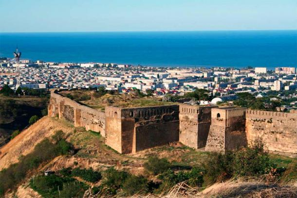 Fortress at Derbent, the oldest city in Russia. (Ezil Alhamyev/ CC BY-SA 4.0)